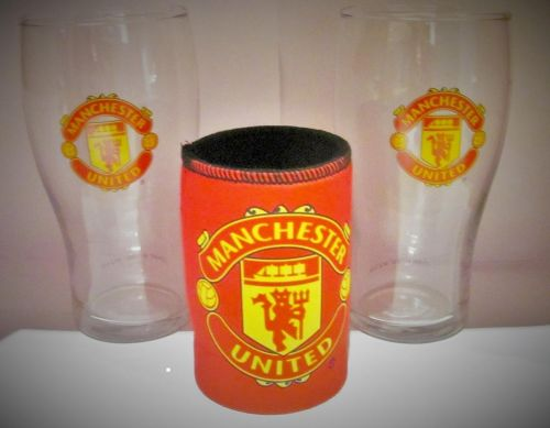 Manchester Man United English Premier League EPL Glass Beer 2 x Schooner Glasses Cup and Stubby Cooler Drink Can Holder