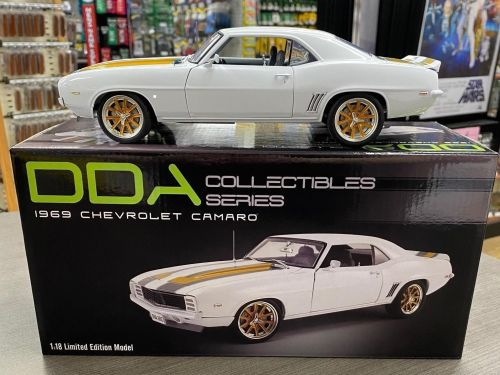 1969 Chevrolet Camaro White with Gold and Grey Stripes 1:18 Scale Diecast Model Car