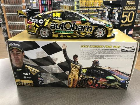 2018 Craig Lowndes Final Race Newcastle 500 Autobarn Holden ZB Commodore 1:18 Scale Model Car